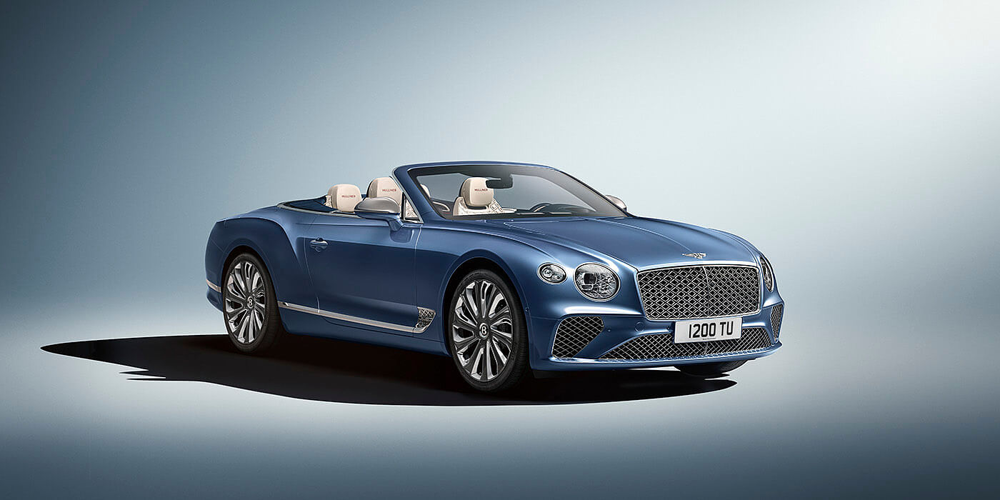 NEW-BENTLEY-CONTINENTAL-GT-MULLINER-CONVERTIBLE-FRONT-THREE-QUARTERS