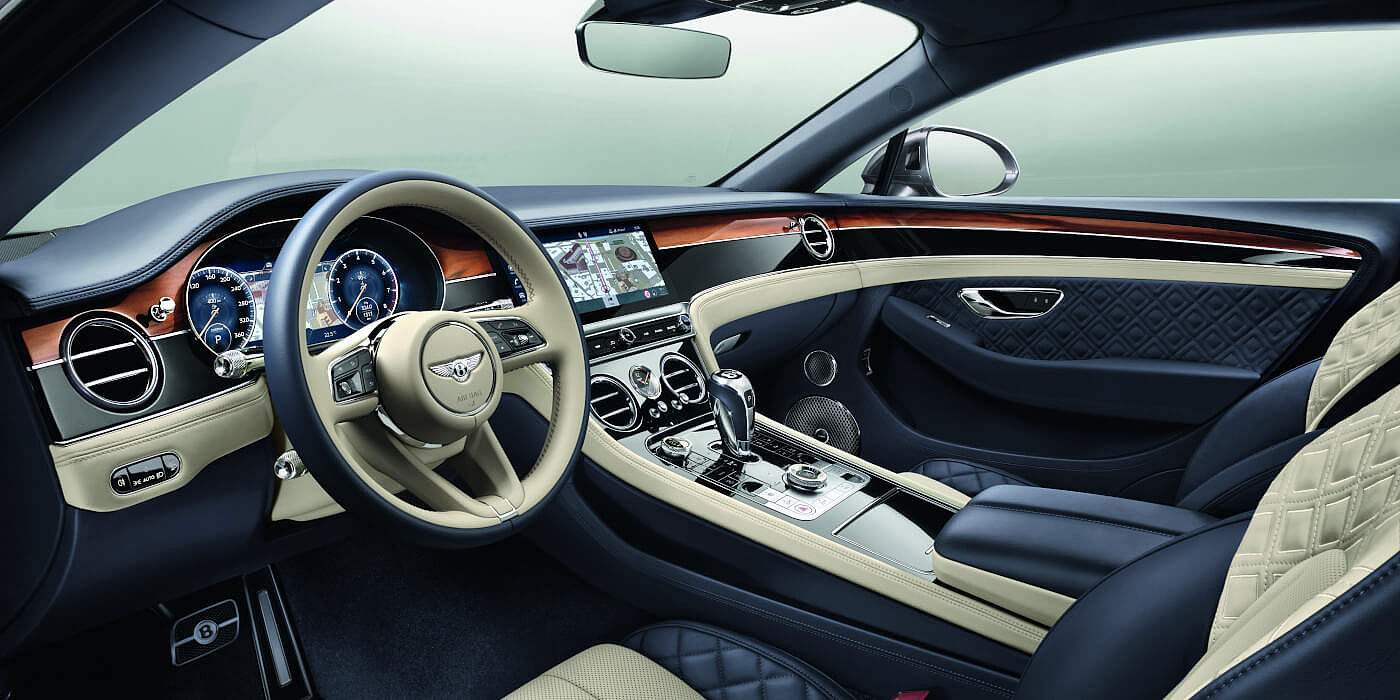 CONTINENTAL-GT-FRONT-INTERIOR-WITH-NEW-STEERING-WHEEL-20