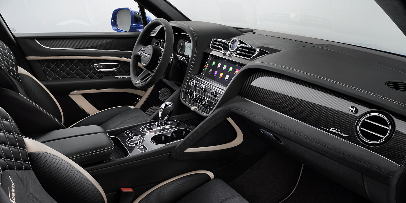 new-bentley-bentayga-speed-front-console-and-seats-with-black-leather